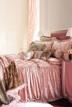 """Dian Austin Couture """"La Dolce Vita"""" Bed Linens (oddly enough the same set as the previous - but costs nearly 7k here) ??"""