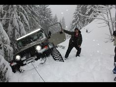Jeep Wrangler extreme snowrun deep snow 4x4 wheeling - YouTube
