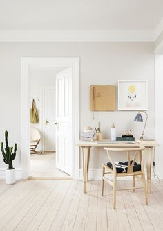 How to Simplify Your Home and Transform Your Life with Minimalism