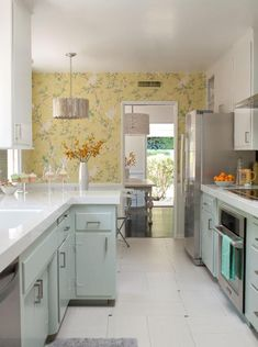 A 1950s kitchen gets an affordable upgrade - successful galley style kitchen remake.