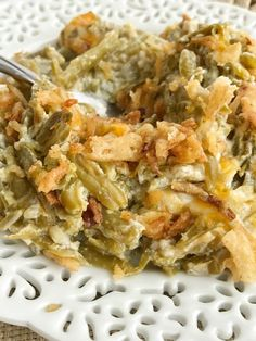 {no creamed soup, no mushrooms} Creamy Cheesy Green Bean Casserole - Together as Family Thanksgiving Casserole, Thanksgiving Side Dishes, Thanksgiving Recipes, Thanksgiving 2017, Christmas Recipes, Vegetable Casserole, Vegetable Dishes, Vegetable Recipes, Chicken Recipes