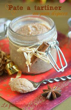 gingerbread and almond christmas spread Appetizer Recipes, Dessert Recipes, Desserts With Biscuits, Ice Cream Candy, Xmas Food, Bread And Pastries, Homemade Ice Cream, Lemon Curd, Appetisers