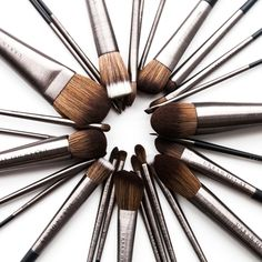 Our pro-quality, cruelty-free brushes are easy on the eyes AND the environment. The brushed gunmetal handles are made from recycled aluminum, and the super-soft, synthetic hair (made from recycled plastic bottles) mimics real hair—from the feel to the pickup and laydown. Another plus: Synthetic brush hair doesn't hold on to gross bacteria the way porous animal hair can, so it's easier to clean and more hygienic.