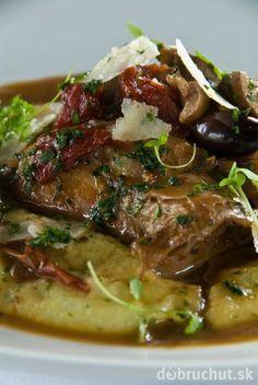 Králik na víne Meat Recipes, Ham, Steak, Food, Straws, Hams, Essen, Steaks, Meals