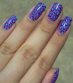 Tons lindos que combinaram perfeitamente, finalizando com muito charme essa Nail Art!!! Tudo para suas unhas em: www.lojadeesmaltes.com.br