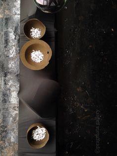 """Shape Illusions"" Ceramics by Kazunori Ohnaka.   「形の幻想」 陶器、大中和典。#pragmata"