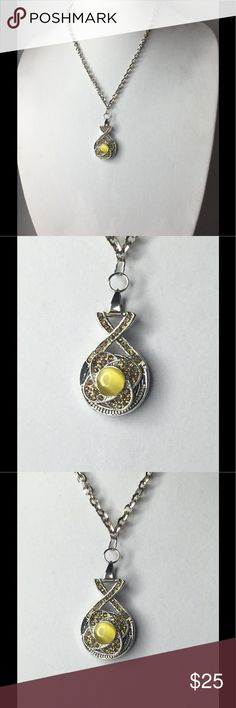 Yellow Snap Interchangeable Necklace Snap/Interchangeable Jewelry  Antique sliver flower carved jewelry with 18mm snap buttons,  and interchangeable jewelry, very versatile, personalize jewelry. You can design your own jewelry. Oracle Jewelry Jewelry Necklaces