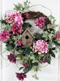 70 Ideas Spring Door Decorations Diy Holidays For 2019 Wreath Crafts, Diy Wreath, Wreath Ideas, Grapevine Wreath, Tulle Wreath, Hydrangea Wreath, Burlap Wreaths, Front Door Decor, Wreaths For Front Door