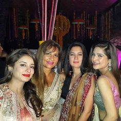 Sanam Saeed Exclusive Wedding Album Considered one of the most talented young actors, Zindagi Gulzar Hai leading lady Sanam Saeed has now tied the knot. Sanam Saeed, Lead Lady, Young Actors, Wedding Album, Tie The Knots, Photo Galleries, Bollywood, Tv Shows, Sari