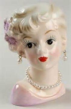 Head vase.- Resembles Marilyn Monroe