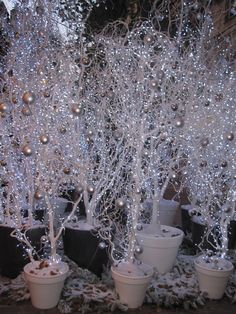 DIY winter wedding party ideas for couples - DIY cuteness DIY Winter Wedding Party Ideas for Couples - DIY Cuteness DIY Winter Wedding Party Ideas for Couples - DIY Cuteness Mary Cronin - Winter Wonderland Decorations, Winter Wonderland Wedding, Winter Wonderland Christmas Party, Decoration Table, Xmas Decorations, Wedding Decorations, Outdoor Christmas, Christmas Crafts, Christmas Ornaments