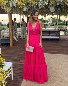 look de hoje para o #casamentokikaeti 💕 obrigada @vanessaabbud e equipe @vanessaabbudatelier por terem feito o vestido dos sonhos! Vocês…