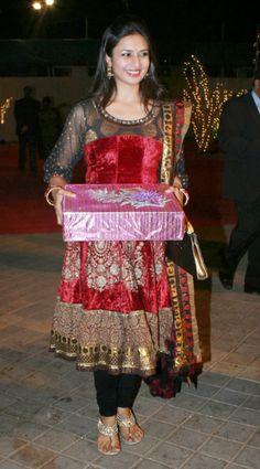 divyanka tripathi in dress
