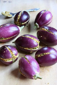 Indian eggplant stuffed with sesame-peanut masala. Vegan, gluten-free!