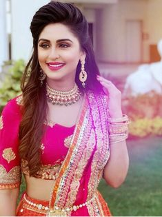 Krystle D'Souza is looking so pretty in this Indian look. She should be in movies Yes/No? Krystle D'Souza is looking so pretty in this Indian look. She should be in movies Yes/No? Bridal Hairstyle Indian Wedding, Bridal Hairdo, Indian Wedding Hairstyles, Indian Hairstyles For Saree, Desi Bride, Open Hairstyles, Bride Hairstyles, Layered Hairstyles, Indian Dresses