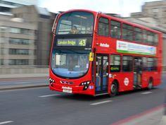 PER BUS DOOR LONDEN: EEN LEUKER ALTERNATIEF VOOR DE TUBE London Transport, London Bridge, Transportation, Train