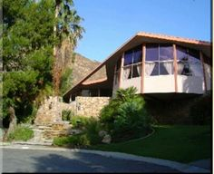 Elvis Presley home Palm Springs California