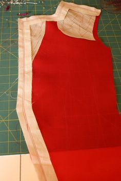 Gerties New Blog for Better Sewing: Cool Tailoring Trick: Carrier Strips