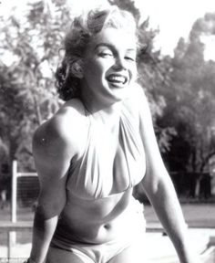 Marilyn Monroe Bikini   Marilyn Monroe by the pool Bikini    Not body conscious- LOVE IT