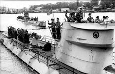 German Kriegsmarine U Boat In Lorient U 201 1942 Native American History, American Civil War, Chief Of Naval Operations, Saint Nazaire, German Submarines, Brittany France, Merchant Marine, Armada, Navy Ships