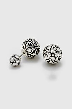 Beautifully Etched Double Sided Earrings ==