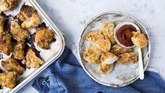 These gluten-free chicken nuggets have a crisp coating thanks to ground almonds. Try them with throw-together BBQ sauce. Mince Recipes, Fodmap Recipes, Healthy Recipes, Healthy Food, Bbc Recipes, Paleo Ideas, Healthy Eating, Savoury Recipes, Quick Recipes