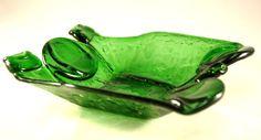 trzy zielone butelki - RecyCLeR_GlaSS - Dekoracje