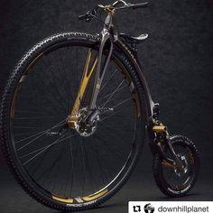 """50c807ebd Bike aos Pedaços on Instagram  """"Uma das antigas em carbono com freio a  disco! Você pedalaria uma dessa   bikeaospedacos  bike  bicicleta  pedalrio   pedaltop ..."""