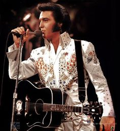 Elvis Presley in 1973 from his aloha from Hawaii special. by BJPhotoPrints on Etsy
