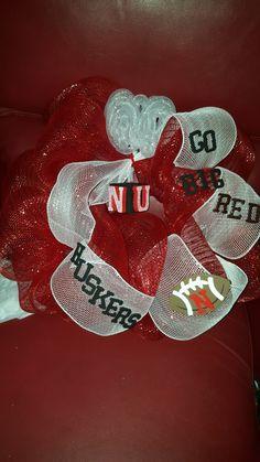 Custom NE Husker wreath @ja.decorandmore