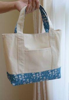 Cómo hacer un bolso de tela muy fácil - - Bag Patterns To Sew, Sewing Patterns, Tote Pattern, Patchwork Patterns, Sewing Hacks, Sewing Projects, Tote Bags Handmade, Diy Tote Bag, Handmade Bracelets