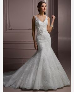 Straps Chapel Train Fit-and-flared Lace Tulle Wedding Dress