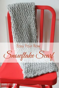 Snowflake Scarf Pattern- An easy 4-row free pattern that knits up quick from Purl Soho.