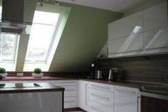 Küche - weiß hochglanz-Nußbaum » Häfele Functionality World