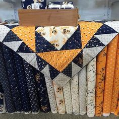 Another beautiful Cheddar and Indigo picture! Thank you so much @kris_small_bateman #pennyrosefabrics #ilovepennyrose #fabric #cheddarandindigo