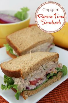 Are you a big fan of the tuna salad sandwiches at everyone's favorite cafe chain, Panera? Well, today I have a copycat Panera Tuna Salad Sandwich recipe for you. It's perfect for those days you Tuna Sandwich Recipes, Tuna Recipes, Soup And Sandwich, Seafood Recipes, Cooking Recipes, Tuna Salad Sandwiches, Picnic, Gastronomia, Health Foods