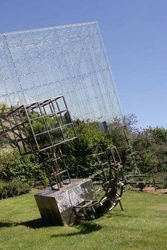 """L'Omnimax et le """"Cube de Vert Dur"""" by Christophe Gonnet au Futuroscope."""