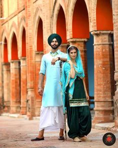 Beautiful Couple, Beautiful Pictures, Punjabi Couple, Indian Bride And Groom, Romantic Couples, Incredible India, Couple Photography, Couple Goals, Celebs