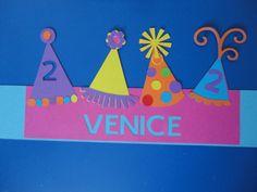 verjaardagsmuts feesthoedjes 2 jarig kindje gemaakt door Karinvl (cricut) Birthday Chair, Birthday Board, Diy Birthday, Happy Birthday, Art For Kids, Crafts For Kids, Arts And Crafts, Diy Crafts, Valentines Day For Him