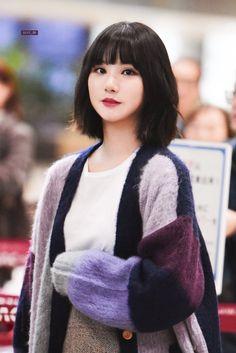 Jung Eun Bi, Kim Ye Won, G Friend, Girl Swag, Girlfriends, Asian Girl, Kpop, Womens Fashion, Pop Fashion