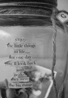 Image via We Heart It https://weheartit.com/entry/173838870 #back #enjoy #life #look #love #tumblr