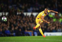 Andros Townsend of Crystal Palace shoots from a free kick during the Premier League match between Everton and Crystal Palace at Goodison Park on September 30, 2016 in Liverpool, England.