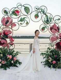 Embroidered in Love: It Was All About Emerald Green + Rosy Hues at this Artistic Wedding Embroidery Art Cross Stitch Floral Backdrop Moscow Wedding. Wedding Centerpieces, Wedding Bouquets, Wedding Flowers, Wedding Decorations, Green Wedding, Wedding Shoes, Wedding Ideas, Centerpiece Ideas, Silk Rose Petals
