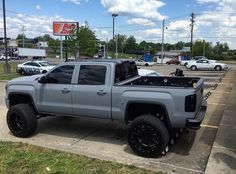 jacked up trucks chevy Lifted Chevy Trucks, Gmc Trucks, Diesel Trucks, Cool Trucks, Pickup Trucks, Jeep Pickup, Lifted Ford, Lifted Duramax, Mudding Trucks