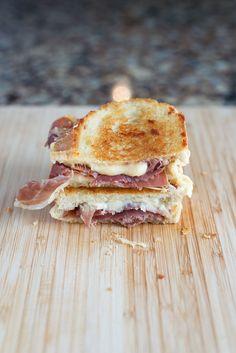 Prosciutto & Gouda Grilled Cheese   bsinthekitchen.com #grilledcheese #sandwich #bsinthekitchen