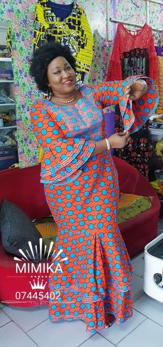 Robe africaine The History of the Watch Before learning about watches you should be familiar with so African Fashion Ankara, Latest African Fashion Dresses, African Print Fashion, Africa Fashion, Long African Dresses, African Lace Styles, Traditional African Clothing, African Blouses, African Attire