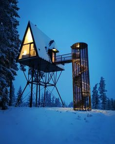 PAN-Baumhütten der Zivilgesellschaft espen familiesevik as - Architecture - Tree House Designs, Tiny House Design, Modern House Design, Modern Tree House, A Frame Cabin, A Frame House, Cool Tree Houses, Tiny House Cabin, Cabins In The Woods