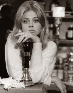 """Britt Ekland in """"The Wicker Man"""", Robin Hardy, dir. Britt Ekland, Vintage Glamour, Vintage Beauty, Classic Beauty, Timeless Beauty, Classic Hollywood, Old Hollywood, Swedish Actresses, 50s Actresses"""