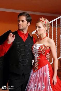 The modern Hungarian menyecske :) Beautiful couple. Traditional Wedding, Traditional Dresses, Costumes Around The World, Hungarian Embroidery, Hand Embroidery, Beautiful Costumes, Folk Fashion, Folk Costume, Festival Outfits