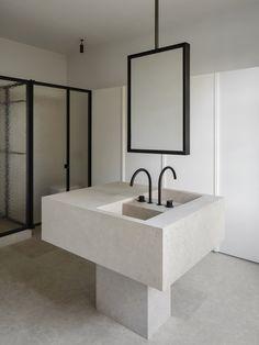 Cheap Home Decor, Diy Home Decor, Parquetry Floor, Steel Frame Doors, Architecture Design, Minimalist Interior, Classic House, Interiores Design, Bathroom Interior